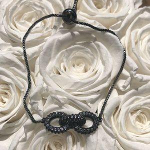 Jewelry - Beautiful 3 cord strand bracelet in titanium